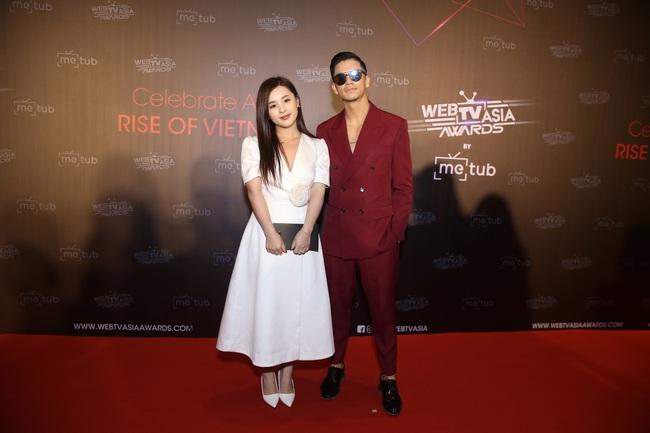 Thảm đỏ WebTVAsia Awards 2019: Nhã Phương xinh đẹp dịu dàng, Á hậu Huyền My gợi cảm khoe vòng 1 căng đầy - Ảnh 7.