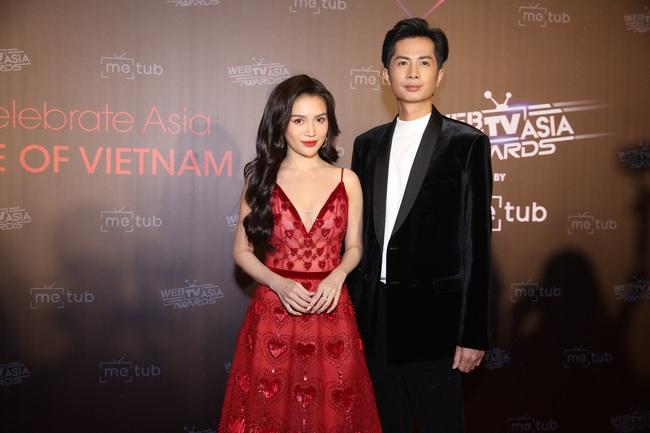 Thảm đỏ WebTVAsia Awards 2019: Nhã Phương xinh đẹp dịu dàng, Á hậu Huyền My gợi cảm khoe vòng 1 căng đầy - Ảnh 10.