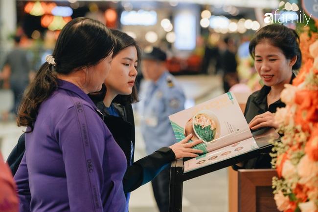 Trải nghiệm phố ẩm thực ngày đầu tiên mở cửa tại Aeon Mall Hà Đông: Hàng chục cái tên nổi tiếng, đồ ăn hấp dẫn, đông khách - Ảnh 6.