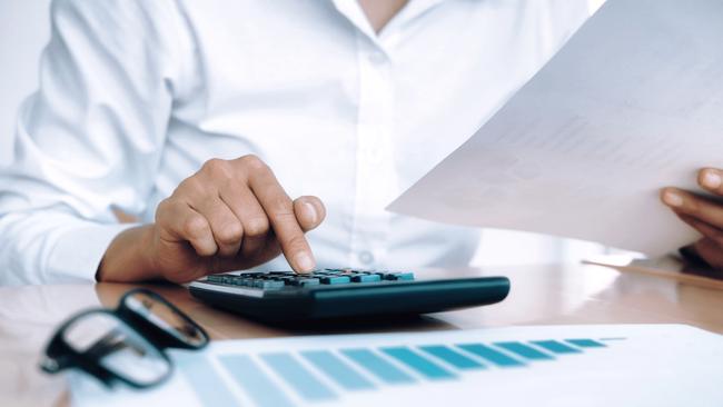 Đây là những thông tin cần thiết nhất nếu bạn đang có nhu cầu thuê chuyên gia tài chính cá nhân - Ảnh 2.