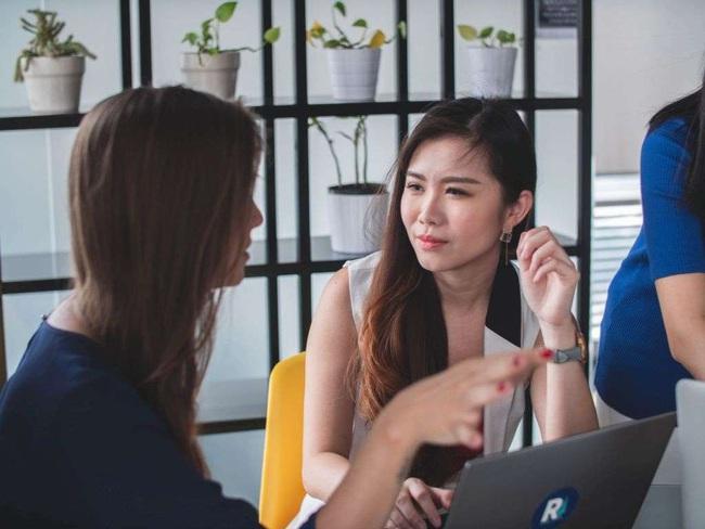 """Muốn mau chóng thành công, sự nghiệp rực rỡ, chị em công sở nhất định phải trân trọng 5 """"cộng sự"""" chất lượng này - Ảnh 2."""