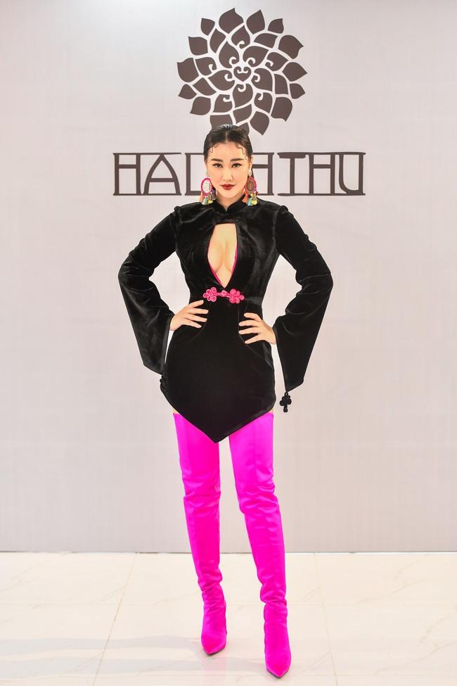 Maya khoe thềm ngực nóng bỏng, Hồng Quế giảm cân thấy rõ cùng đọ sắc tại show thời trang - Ảnh 2.