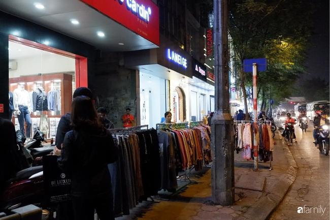 Chợ đêm Chùa Bộc, địa chỉ bán quần áo siêu rẻ dành cho hội sinh viên và chị em công nhân - Ảnh 10.