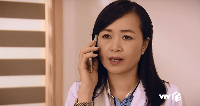 """""""Sinh tử"""" tập 25: Thâm cung kế hiểm như Vũ (Việt Anh), đi """"cửa sau"""" để đút lót nhưng gặp phải vợ sếp quá """"cứng"""" - Ảnh 4."""