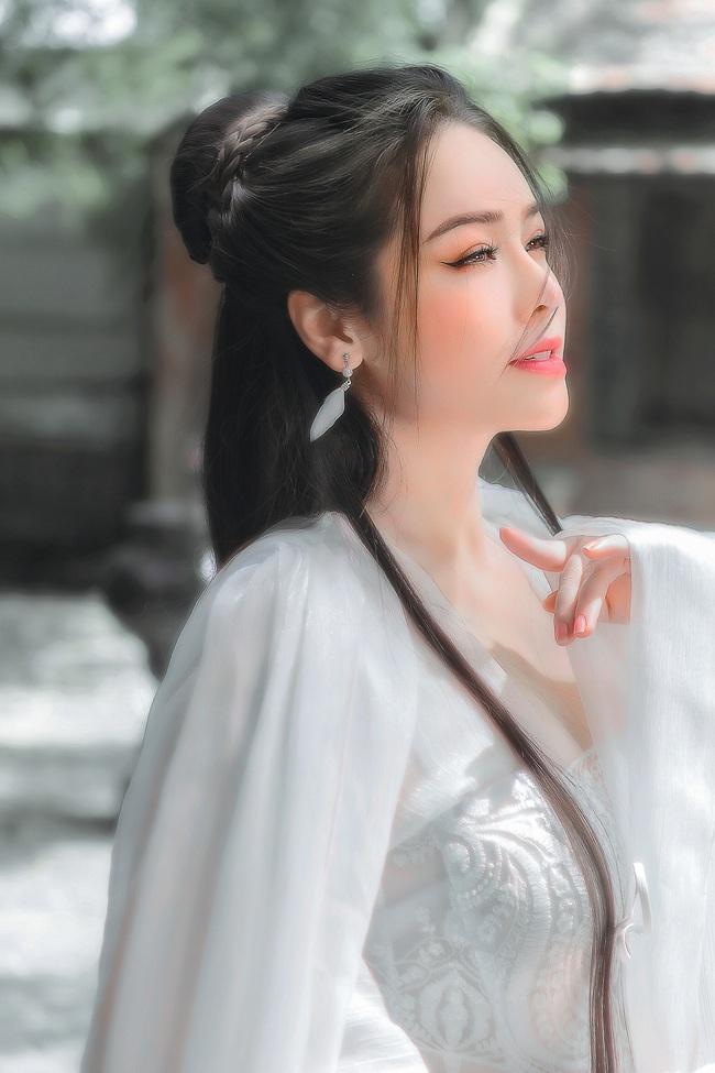 """Sau khi gây bão với """"Tiếng sét trong mưa"""", Nhật Kim Anh tung ảnh cổ trang, bất ngờ hóa tiên nữ - Ảnh 4."""