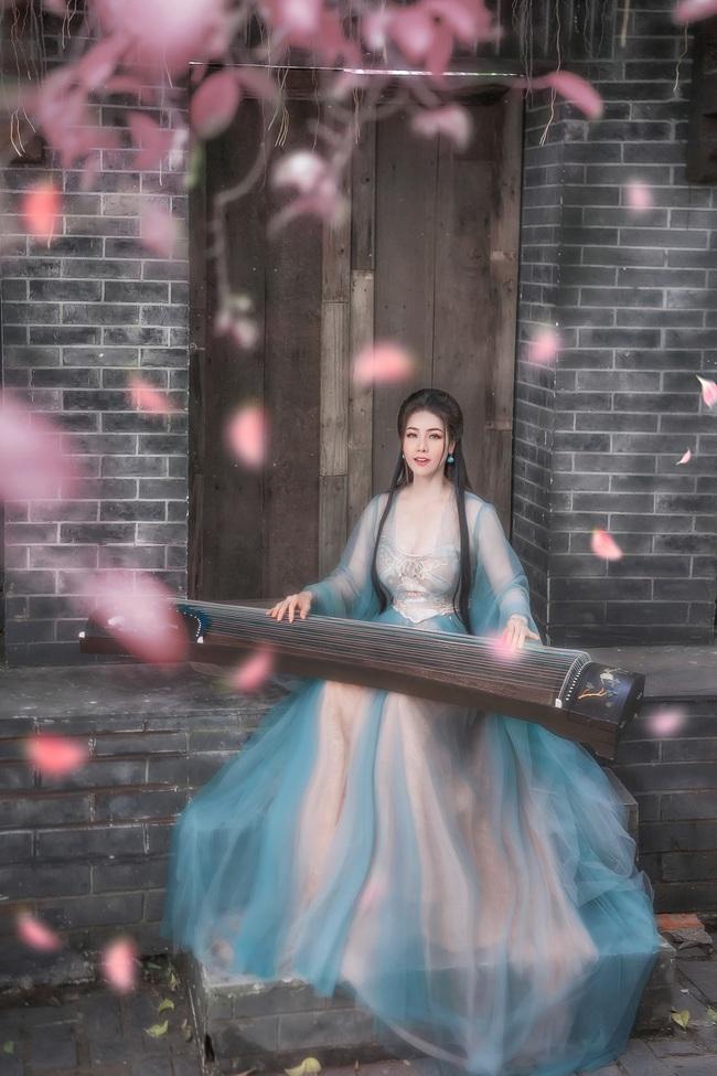 """Sau khi gây bão với """"Tiếng sét trong mưa"""", Nhật Kim Anh tung ảnh cổ trang, bất ngờ hóa tiên nữ - Ảnh 7."""