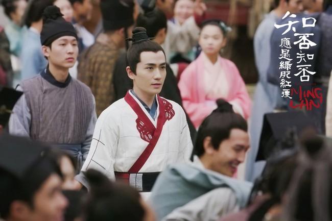 Minh Lan truyện: Chu Nhất Long là chàng trai cô gái nào cũng thích, Phùng Thiệu Phong là người chồng khiến ai cũng tự hào - Ảnh 4.