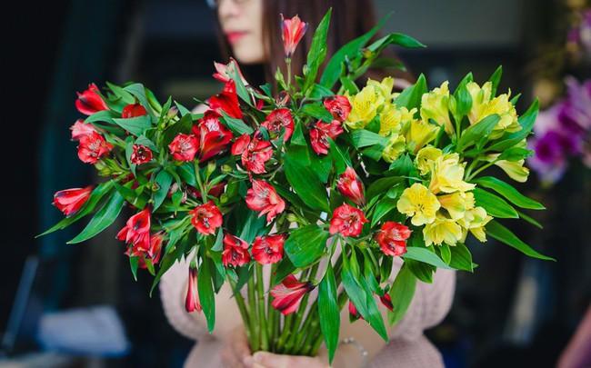 """Ngắm những loài hoa nhập khẩu đẹp lạ """"sang chảnh"""" để hiểu tại sao các đại gia Hà thành sẵn sàng chi 50 triệu sắm hoa đẹp chơi Tết - Ảnh 24."""