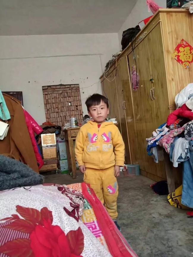 Bé trai 7 tuổi tử nạn trong những ngày giáp Tết và lời khuyên cho bố mẹ giữ an toàn để trẻ vui xuân - Ảnh 1.