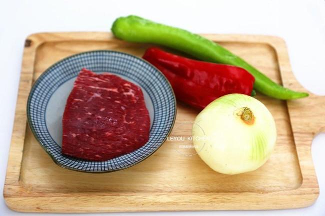 Món bò sốt tiêu đen vừa khô vừa dai là do bạn đã không ướp đúng theo công thức chuẩn này - Ảnh 1.