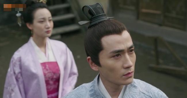 Fan xót xa khi Triệu Lệ Dĩnh vừa mới sinh con đã dập đầu, gào khóc cho Phùng Thiệu Phong đến ngất xỉu  - Ảnh 3.