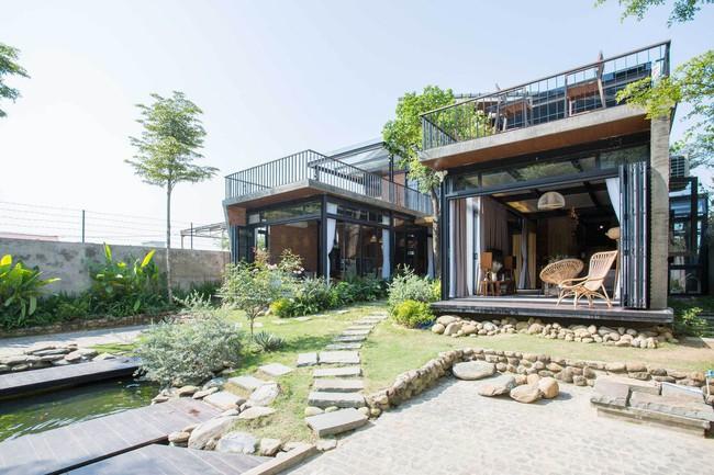 Hai ngôi nhà riêng biệt gộp chung thành biệt thự sang chảnh giữa núi đồi mênh mông của hai người bạn thân ở Đà Nẵng - Ảnh 10.