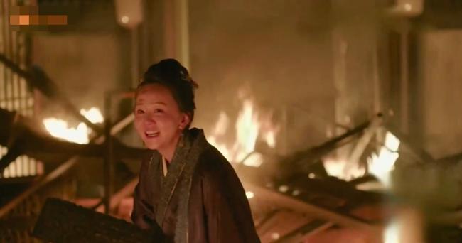 Minh Lan truyện: Bà mẹ kế này cả đời làm hại Phùng Thiệu Phong, nhưng khi phóng hỏa tự thiêu, ai cũng xót xa bật khóc  - Ảnh 7.