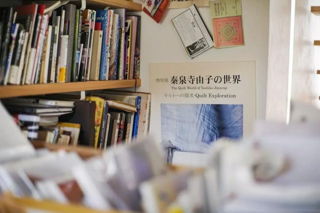 Cụ bà 76 tuổi yêu thích đọc sách, nấu ăn, sống gần thiên nhiên trong ngôi nhà thôn quê rộng 400m² ở Nhật Bản - Ảnh 22.