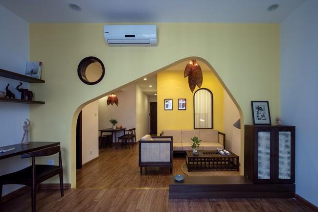 Cần hiện đại nhưng mê chất Việt xưa, chủ nhân căn hộ 73m² ở Minh Khai, Hà Nội đã chi 270 triệu để biến giấc mơ thành sự thực - Ảnh 1.