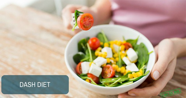 Ngoài giảm cân, chế độ ăn này còn có tác dụng hạ huyết áp, cải thiện sức khỏe tim mạch  - Ảnh 3.