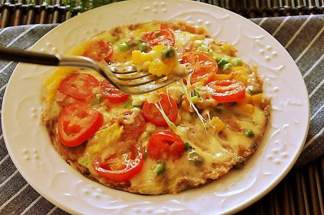 Làm pizza từ cơm nguôi: Không có lò nướng vẫn làm pizza từ cơm nguội- Ảnh 4.