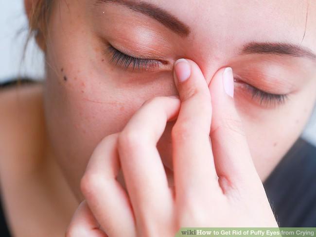 Sau khi khóc, hầu như ai cũng gặp tình trạng đau đầu: Đây chính là nguyên nhân và cách khắc phục - Ảnh 2.