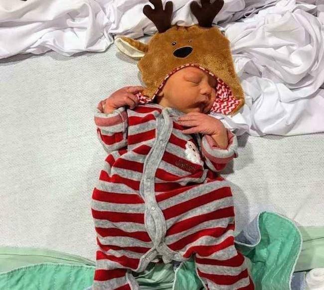 Chuyện thật như đùa: Người mẹ đau bụng dữ dội nhưng cứ nghĩ là đến tháng, đến khi nhập viện mới biết mình sắp đẻ con sau... 30 phút nữa - Ảnh 5.