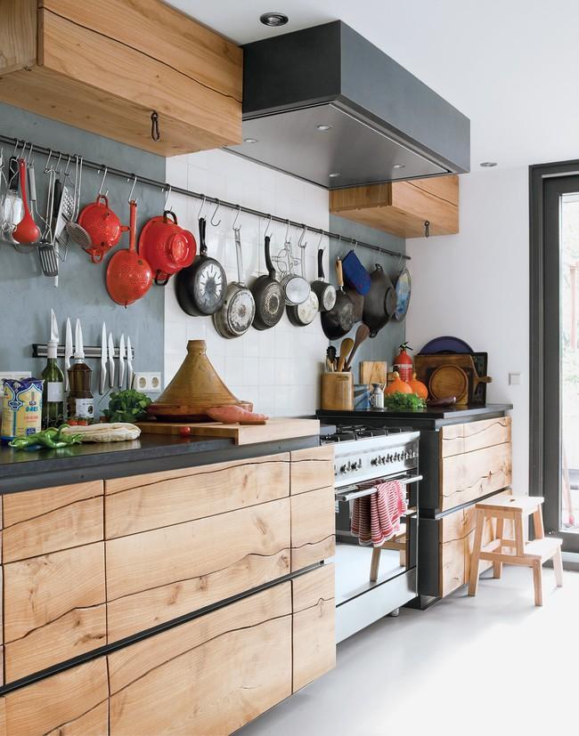6 phòng bếp chứng minh cho bạn thấy nội thất gỗ mộc chính là đũa thần cho nơi nấu nướng - Ảnh 3.