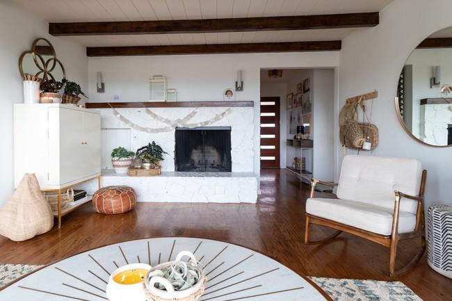 Được Marie Kondo truyền cảm hứng, cặp vợ chồng 2 con chuyển nhà nhỏ chỉ bằng nửa diện tích nhà cũ và tạo nên điều kỳ diệu - Ảnh 2.