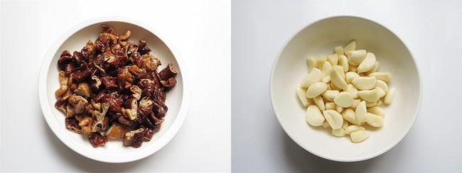 Ăn cơm cũng ngon mà lai rai cũng tuyệt với món lòng heo xào cay - Ảnh 2.