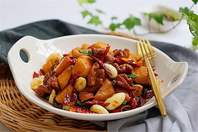 Ăn cơm cũng ngon mà lai rai cũng tuyệt với món lòng heo xào cay - Ảnh 6.