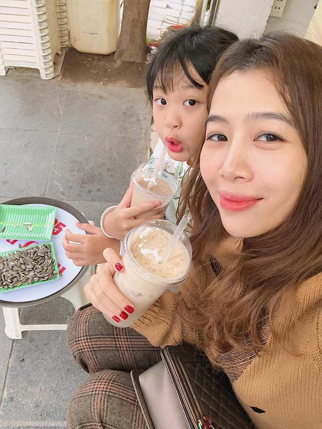 MC Diệp Chi tự hào khoe con gái Sumo nay đã 8 tuổi, cao gần bằng mẹ và là bạn đồng hành đi khắp thế gian - Ảnh 3.