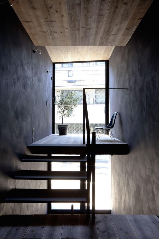 Với chiều rộng 1,8m, ngôi nhà siêu mỏng ở Nhật Bản vẫn tạo sự thoải mái và tiện nghi bất ngờ cho người sử dụng - Ảnh 4.