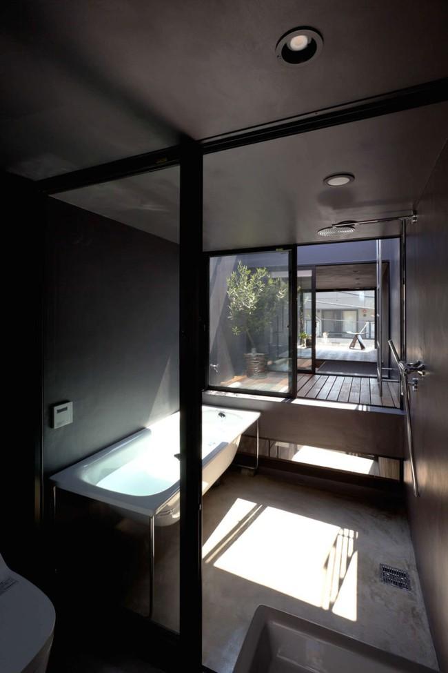 Với chiều rộng 1,8m, ngôi nhà siêu mỏng ở Nhật Bản vẫn tạo sự thoải mái và tiện nghi bất ngờ cho người sử dụng - Ảnh 7.