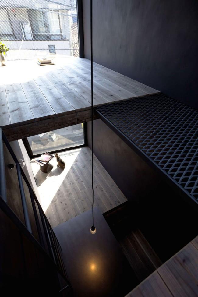 Với chiều rộng 1,8m, ngôi nhà siêu mỏng ở Nhật Bản vẫn tạo sự thoải mái và tiện nghi bất ngờ cho người sử dụng - Ảnh 6.