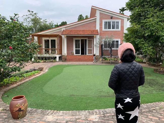 Ngôi nhà ở ngoại ô xanh mát như một công viên thu nhỏ của vợ chồng diễn viên Hồng Đăng - Ảnh 15.