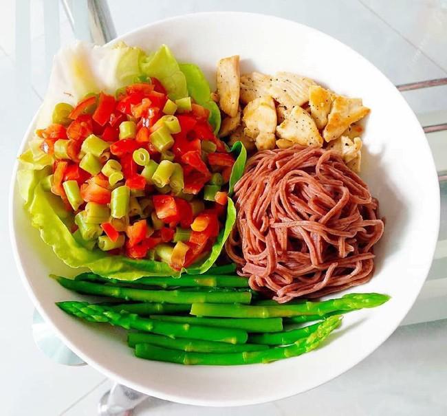 Hana Giang Anh đưa ra một số thực đơn giảm cân, ai muốn theo đuổi ăn sạch thì quá là hữu ích - Ảnh 11.
