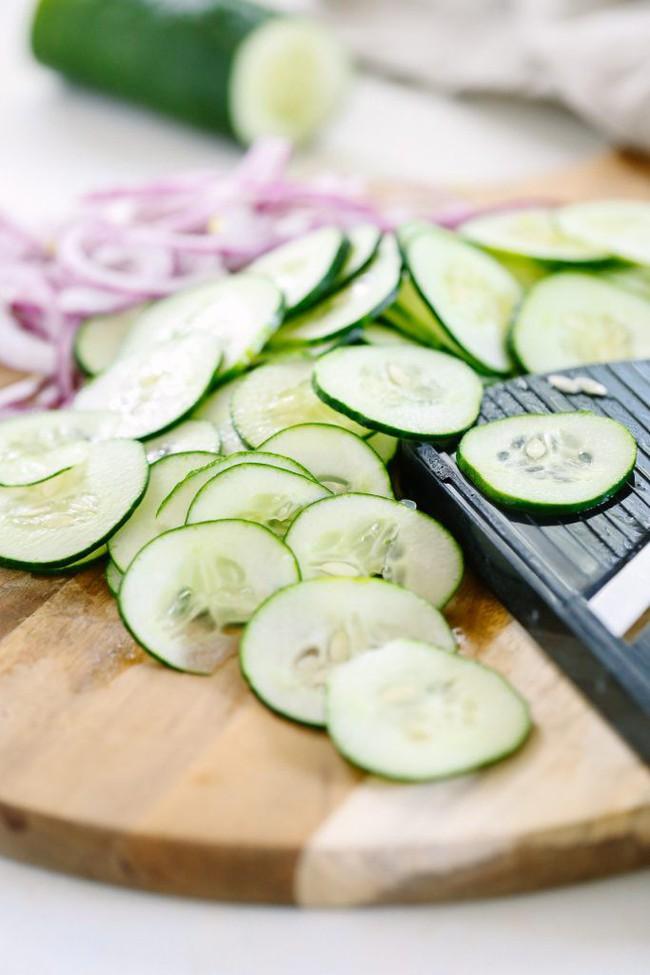 Salad ăn kiêng: có 2 món salad ăn kiêng từ dưa leo bạn cần học ngay  - Ảnh 3.