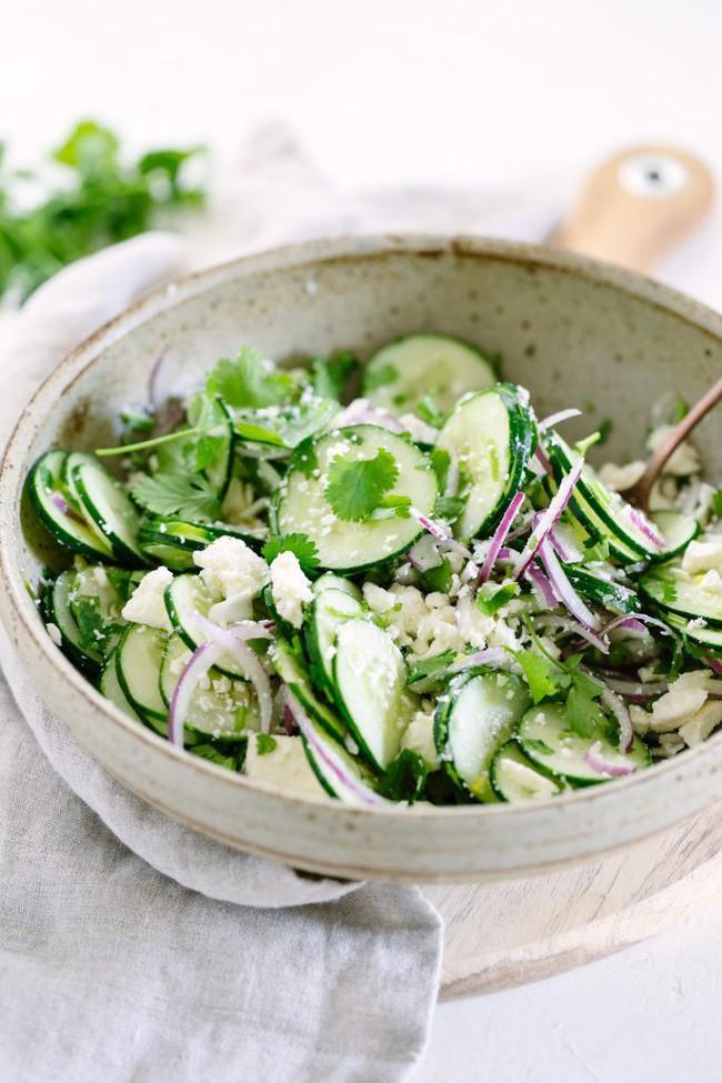 Salad ăn kiêng: có 2 món salad ăn kiêng từ dưa leo bạn cần học ngay  - Ảnh 2.