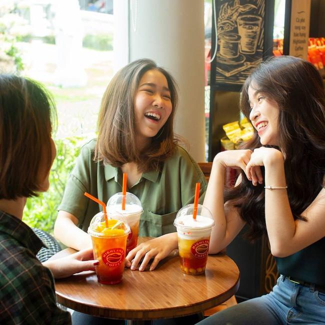 Loạt quán cafe, trà sữa bán xuyên Tết ở Hà Nội để tha hồ tụ tập đầu năm - Ảnh 19.