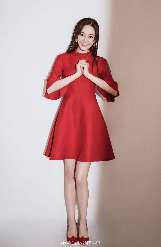 Những lời chúc nhuộm đỏ Weibo mùng 1 Tết của Angela Baby, Dương Mịch cùng dàn sao đình đám Cbiz - Ảnh 8.