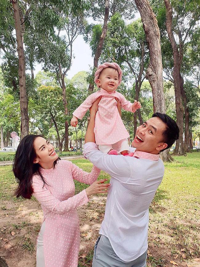 Nào có thua người lớn, nhóc tỳ nhà sao Việt xúng xính diện áo dài, nổi nhất là mẹ con Thu Thảo và Hà Anh - Ảnh 4.