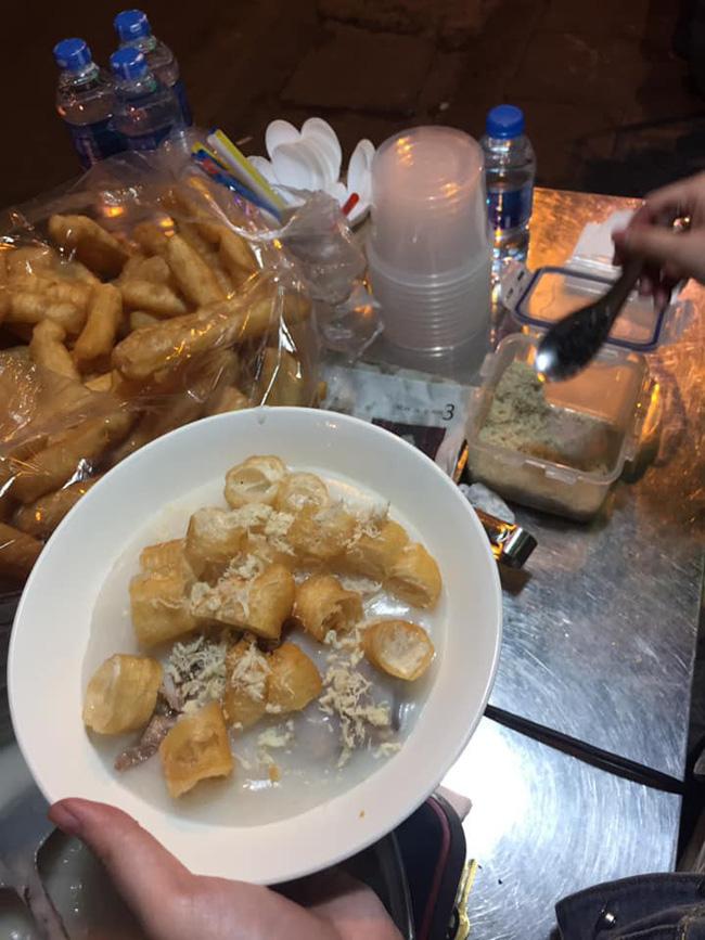 Ngán bánh chưng, thịt gà đến tận cổ? Đây là danh sách hàng quán bán xuyên Tết để giải ngấy ở Hà Nội - Ảnh 7.
