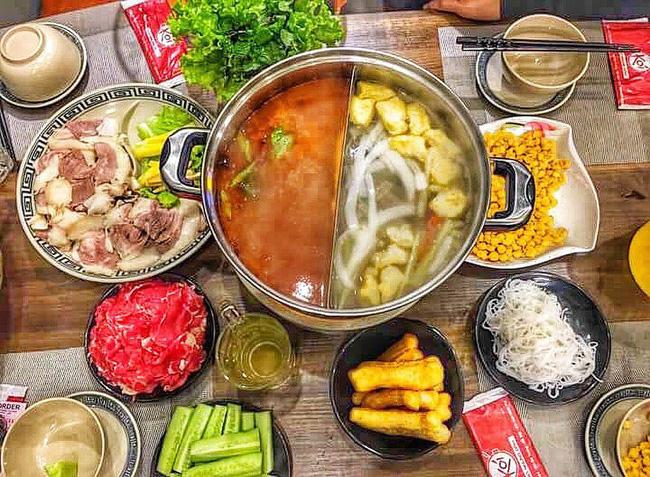 Ngán bánh chưng, thịt gà đến tận cổ? Đây là danh sách hàng quán bán xuyên Tết để giải ngấy ở Hà Nội - Ảnh 11.