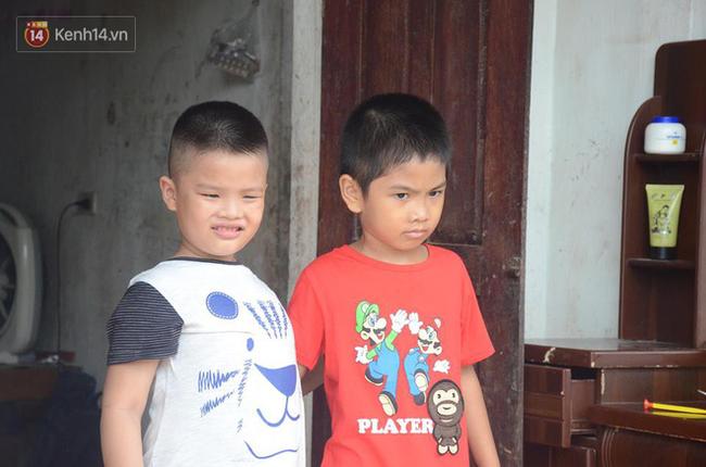 Tết đoàn viên đầy hạnh phúc của hai bé trai bị trao nhầm ở Hà Nội suốt 6 năm - Ảnh 1.