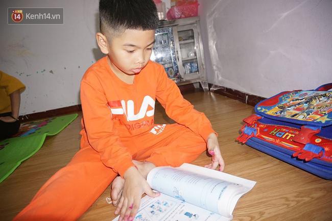 Tết đoàn viên đầy hạnh phúc của hai bé trai bị trao nhầm ở Hà Nội suốt 6 năm - Ảnh 5.