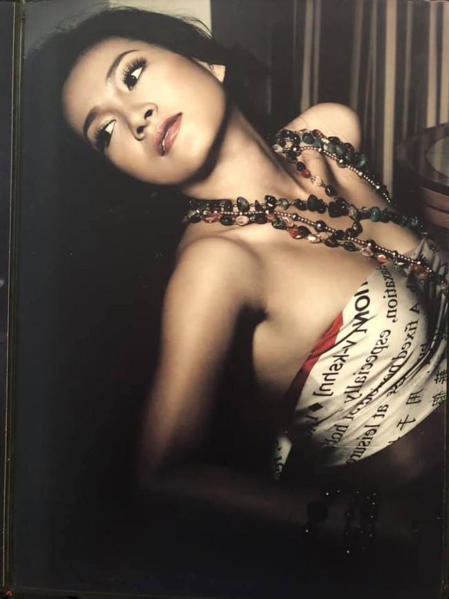 Khoe ảnh ăn mày dĩ vãng thời 28 xuân xanh, bà xã Bình Minh khiến chị em trầm trồ vì quá trẻ đẹp nuột nà - Ảnh 2.