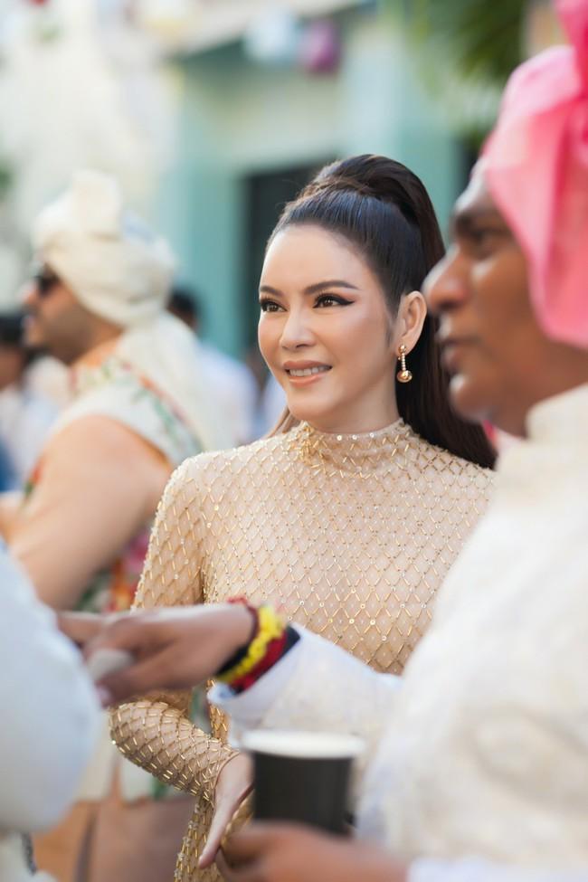 Đám cưới ngàn tỉ của tỷ phú Ấn Độ bất ngờ góp mặt ngôi sao giải trí duy nhất của showbiz Việt: Lý Nhã Kỳ - Ảnh 6.