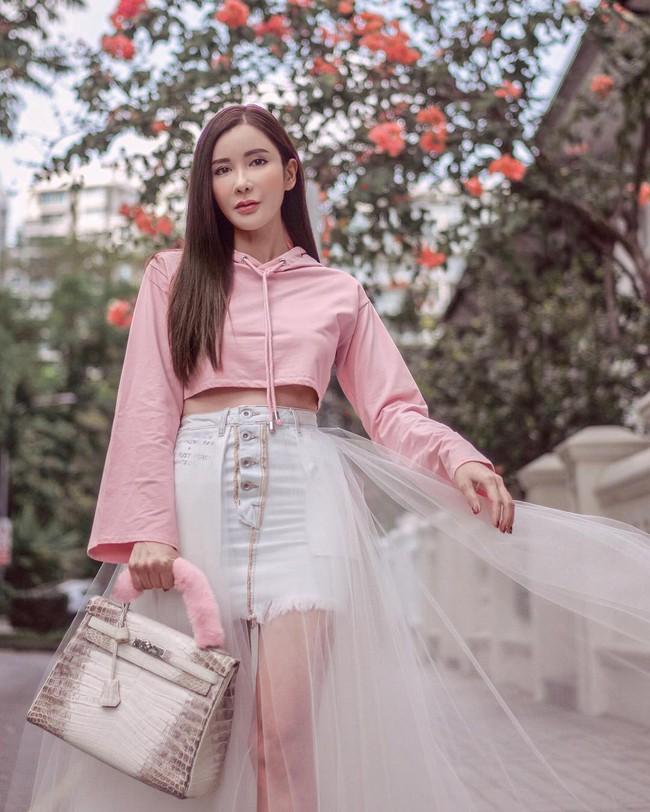 Jamie Chua: Bà mẹ 2 con sống như nữ hoàng và cuộc hôn nhân 15 năm với đại gia kết thúc bằng khoản tiền trợ cấp hơn 7 tỷ đồng/tháng - Ảnh 1.