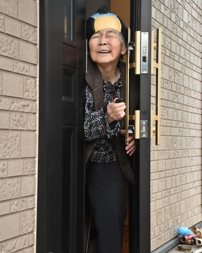 """Từ bỏ cuộc sống buồn chán, cụ bà Nhật tìm thấy niềm đam mê lúc 72 tuổi rồi thành ngôi sao MXH nhờ bộ ảnh """"sống ảo"""" cực chất - Ảnh 2."""