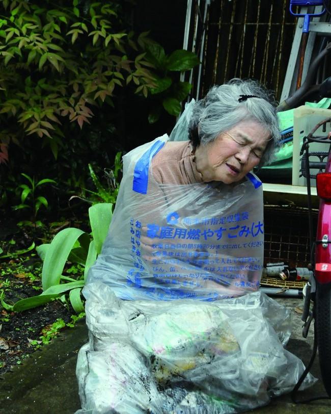 """Từ bỏ cuộc sống buồn chán, cụ bà Nhật tìm thấy niềm đam mê lúc 72 tuổi rồi thành ngôi sao MXH nhờ bộ ảnh """"sống ảo"""" cực chất - Ảnh 9."""