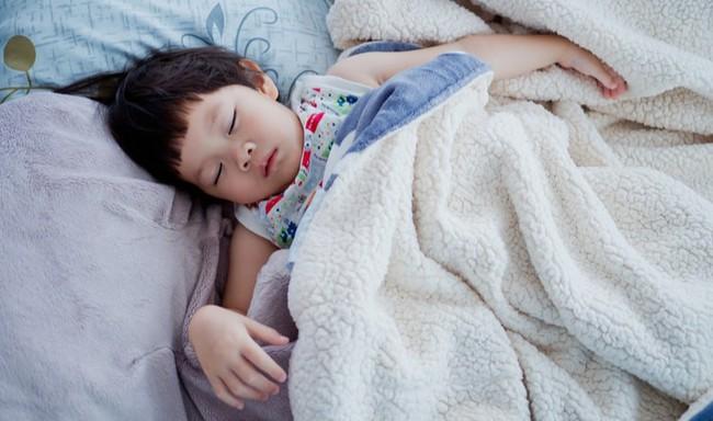 Mất ngủ, ngủ ngáy, mộng du là những vấn đề giấc ngủ của con không phải mẹ nào cũng nghĩ tới - Ảnh 4.