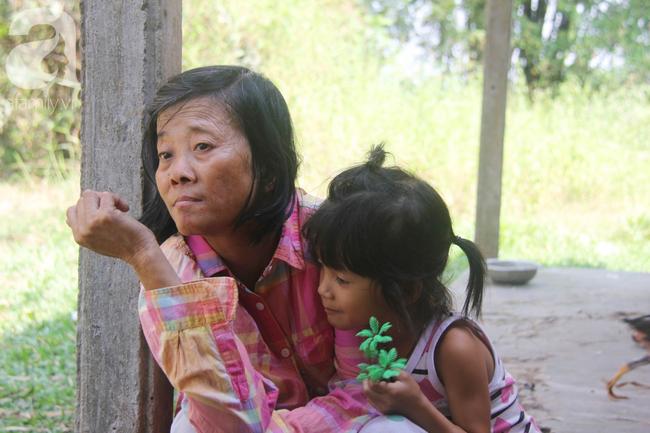 Xót cảnh người mẹ khờ sống giữ đồng, nuôi 2 con nhỏ không biết mặt bố là ai vì bị xâm hại tình dục - Ảnh 13.