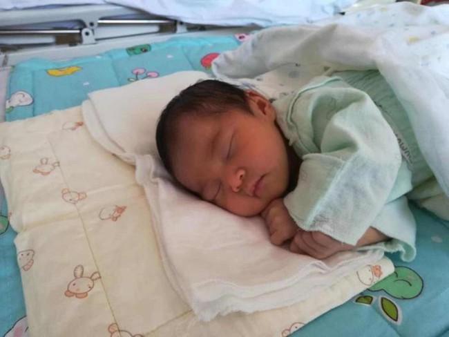 Có 2 khung giờ ngủ quan trọng của trẻ mà bố mẹ không được làm gián đoạn, nếu không sẽ ảnh hưởng đến chiều cao của chúng - Ảnh 1.